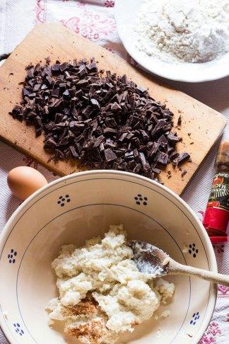 ricotta chocolate cake-ricotta&sugar