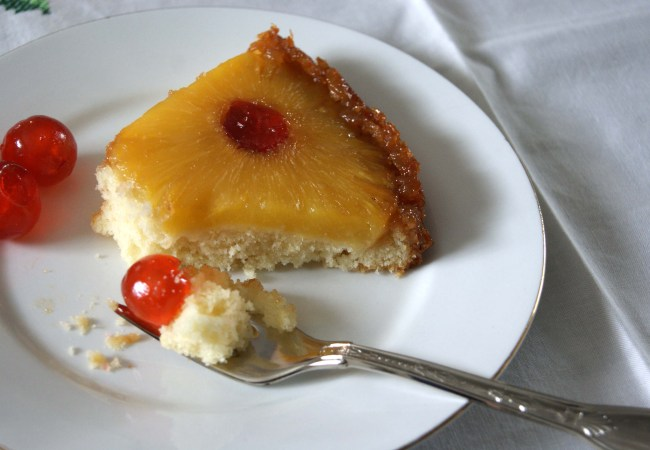 Pineapple upside-down cake - slice