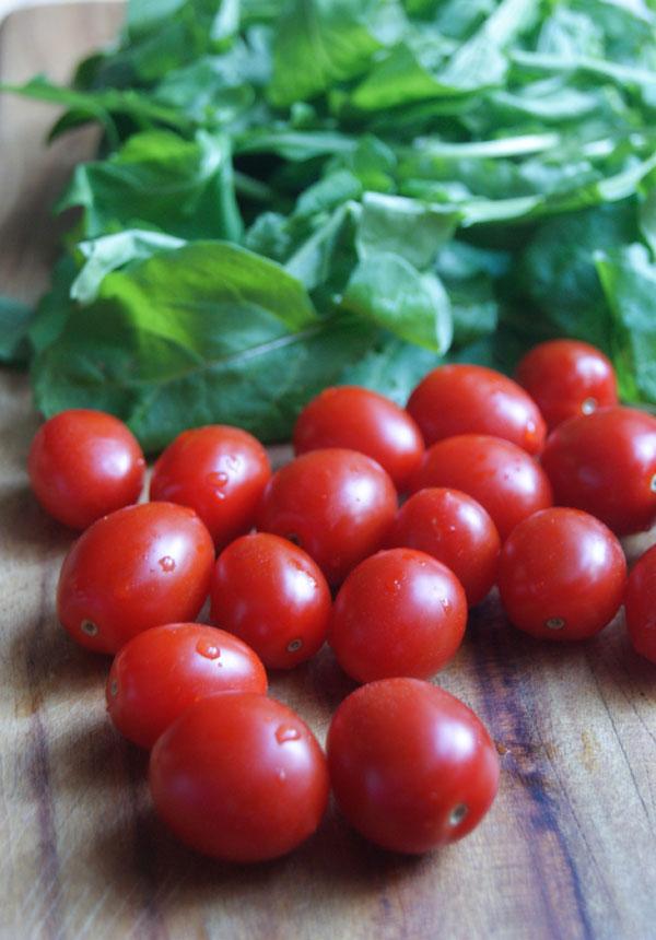 Prawns arugula and grape tomatoes