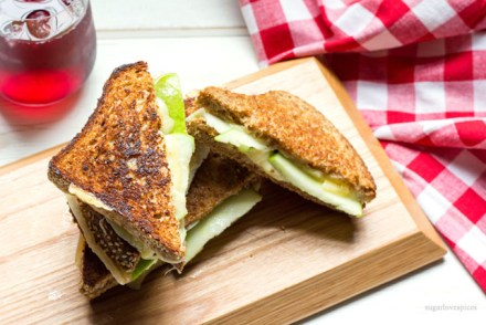 Green Apple and Gouda Grilled Cheese