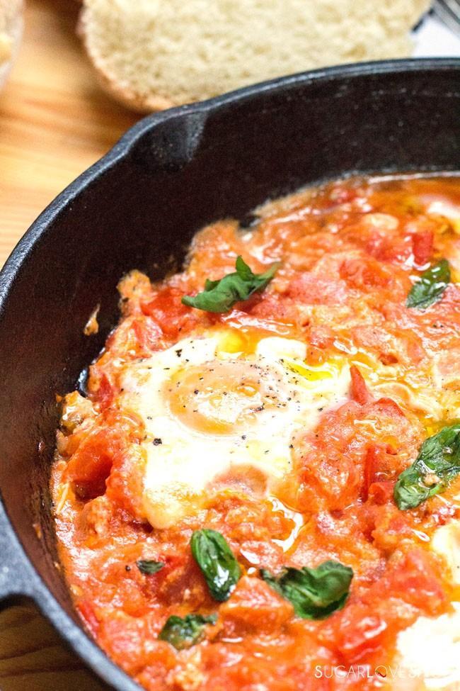 Uova in Purgatorio (Eggs in Purgatory)