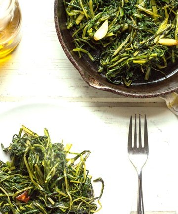 Chicory, Sautéed Roman Style (Cicoria ripassata alla romana)