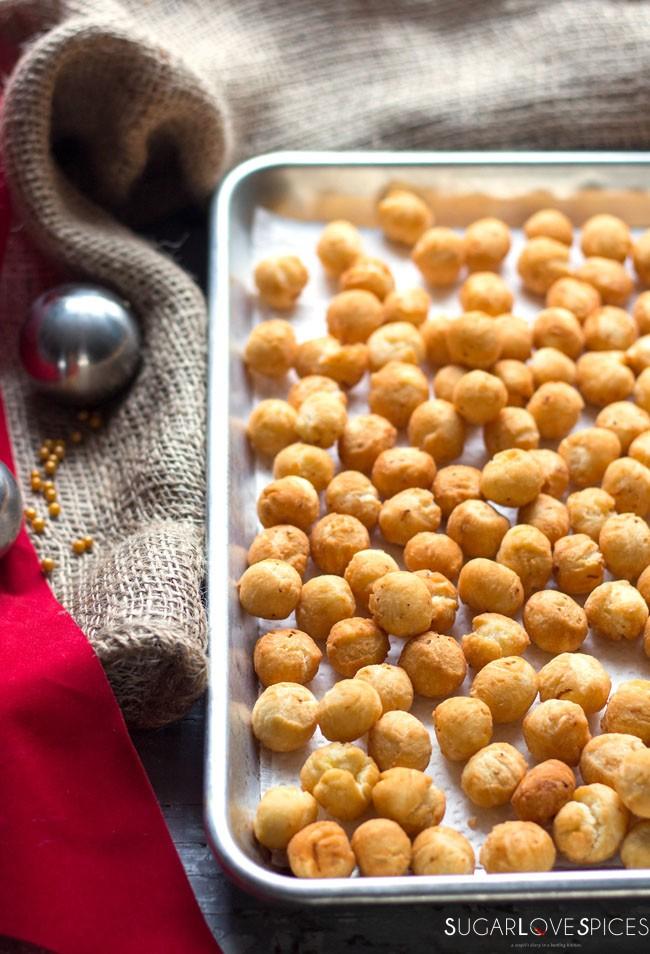 struffoli an italian christmas classic - Traditional Italian Christmas Dinner