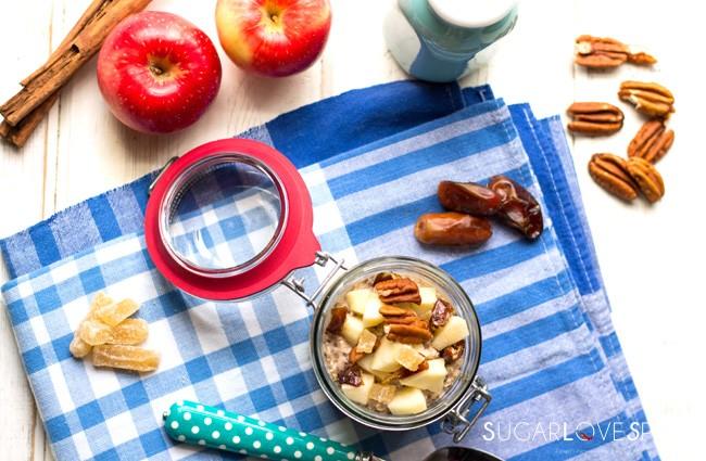 apple pie chia overnight oats