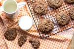 Raisin Chocolate Oat Cookies
