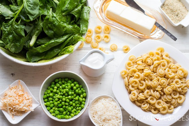 Sweet Pea Spinach Mac & Cheese