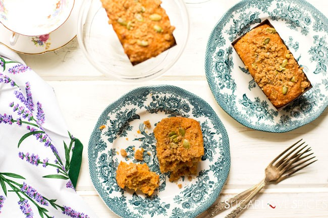 Spiced carrot cake mini loaves