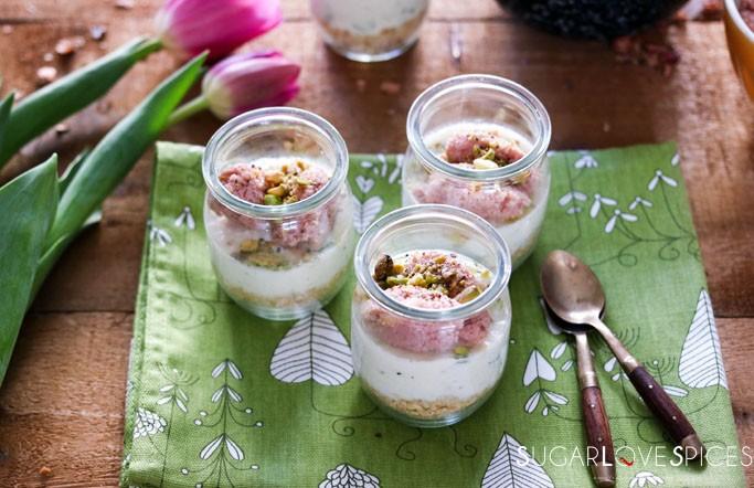 Savory mini cheesecake with ricotta and mortadella