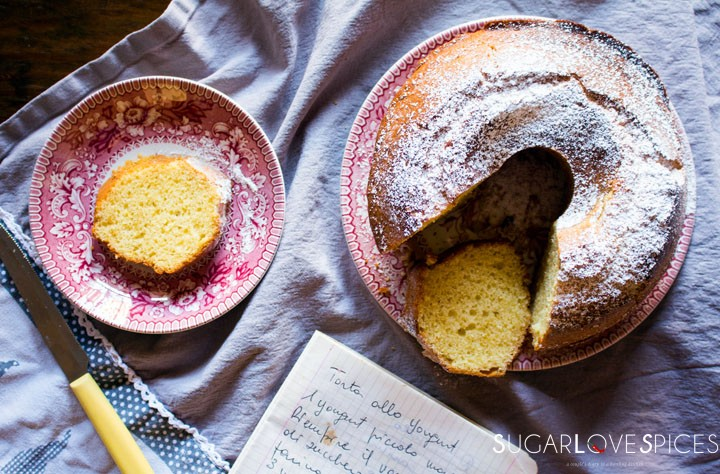 Ciambella allo yogurt (Easy Yogurt Cake)