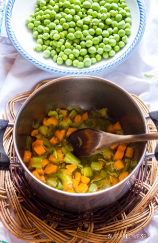 Rice with peas and carrots-cooking carrots