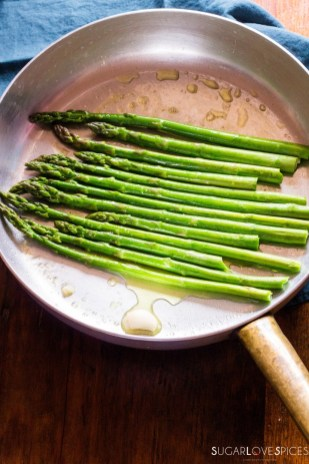 Simple Stove top Lemon Asparagus-in the pan2