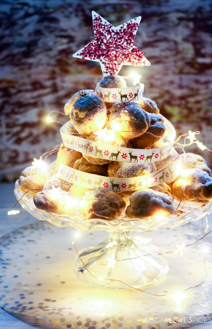 Profiterole Christmas Tree-profiterole tree with star top and lights