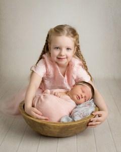 newborn photography sibling family photo newborn portraits