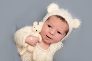 newborn photography dudley west midlands baby photography teddy bear bonnet