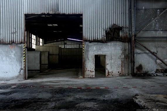 Fabrik im Hafen 18 - SugarRayBanister