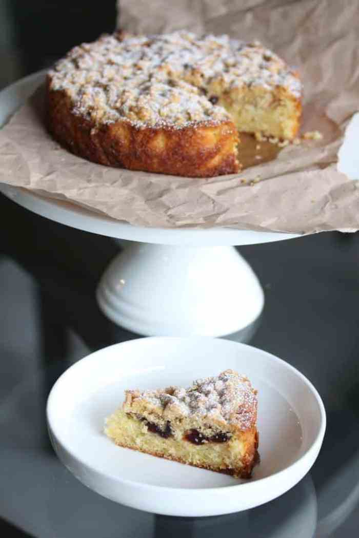 Cherry Crumble Cake 3