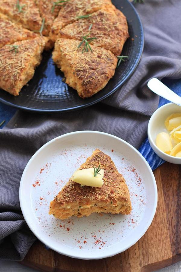 Rosemary Cheese Scones by Sugar Salt Magic