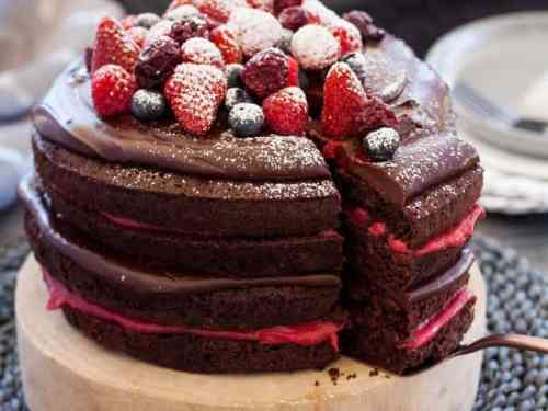 Blackberry Chocolate Cake With Chocolate Ganache Homemade