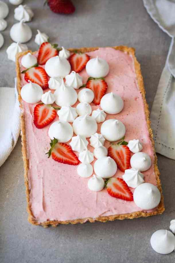 Strawberry mousse tart sugar salt magic this strawberry mousse tart is a soft silky real strawberry mousse inside a crisp tart shell and topped with crispy meringue kisses sisterspd