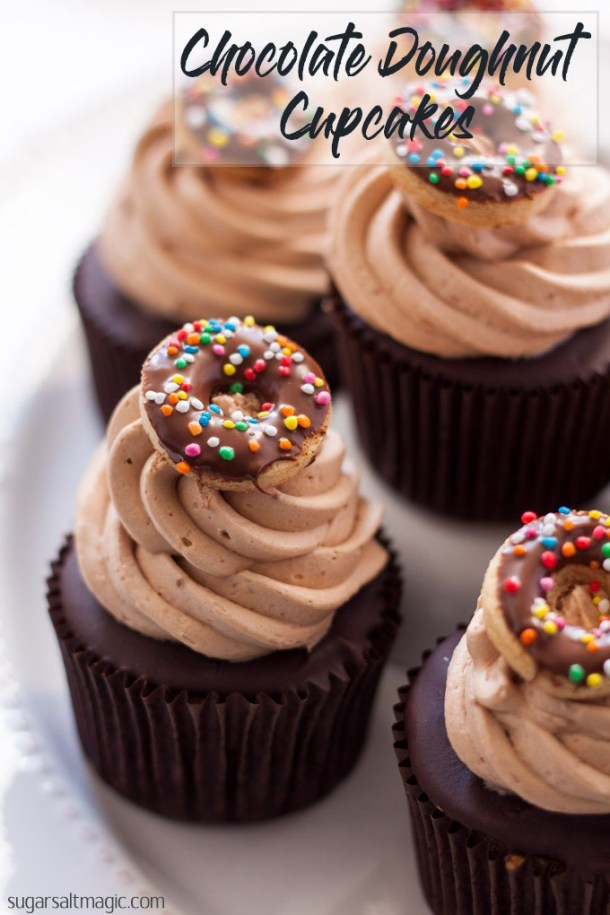 Chocolate Doughnut Cupcakes are a cinnamon cupcake, topped with a chocolate glaze, then whipped milk chocolate buttercream frosting. Divine! #chocolatecupcakes #doughnutcupcakes #cupcakes #doughnutcake