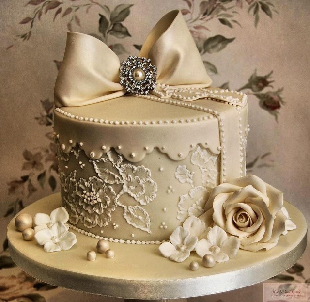 Outstanding Cake Art By Cakes By Tosan Sugar Weddings