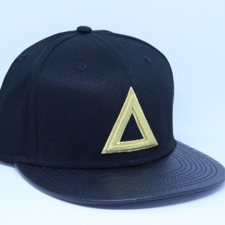 classic-snap-back-black-gold-triangle (1)