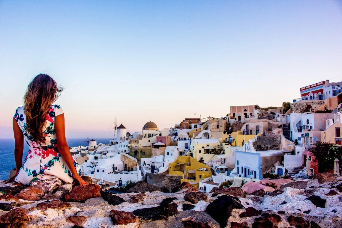 The Best Sunrise In The World Santorini Greece SUITCASE AND I - 10 things to see and do on your trip to santorini greece