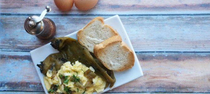 Soft Scrambled Eggs with Hatch Chiles