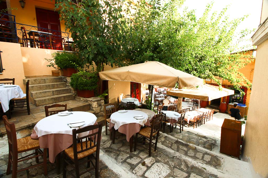 dinner tables Old Tavern Of Psaras