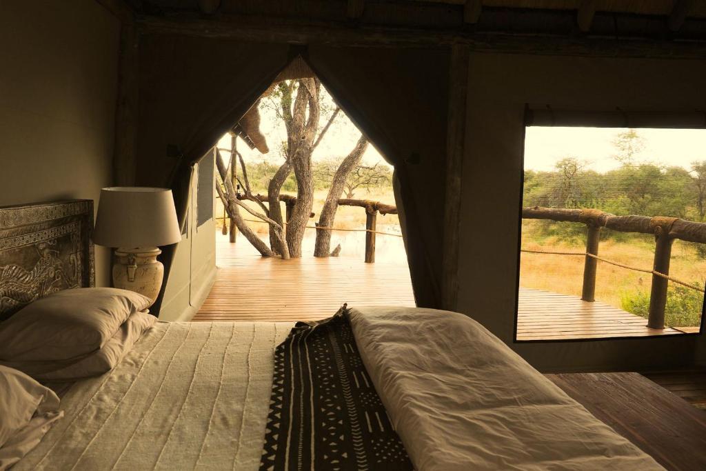 Omogolo Bush Lodges