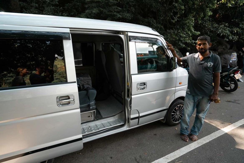 Travel by private driver in Sri Lanka