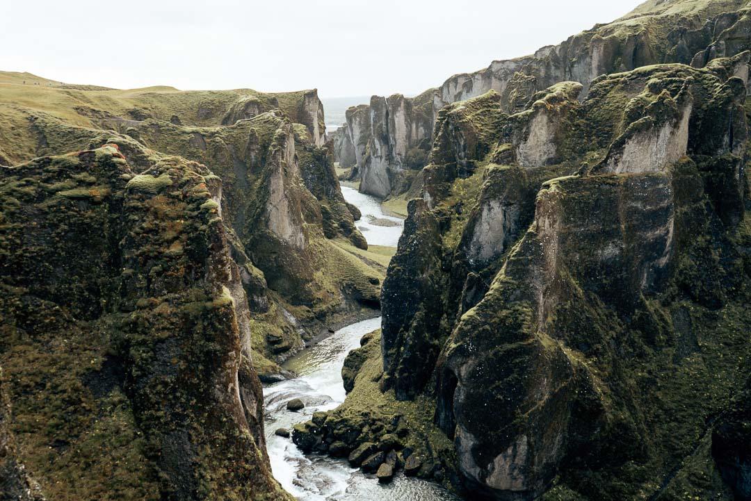 Iceland - Fjaðrárgljúfur canyon