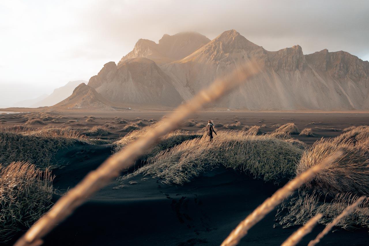 Iceland Travel Itinerary - Vestrahorn Stoksness