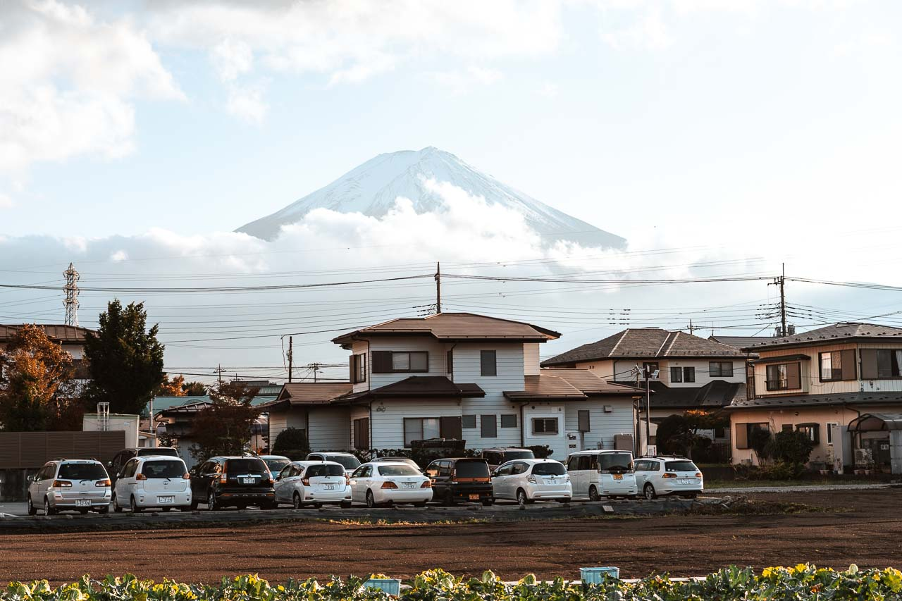 The streets of Kawaguchiko with stunning Mount Fuji views