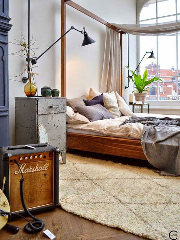 Amped up Amsterdam loft