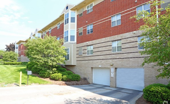 coventry-apartments-glendale-wi-building-photo(1)