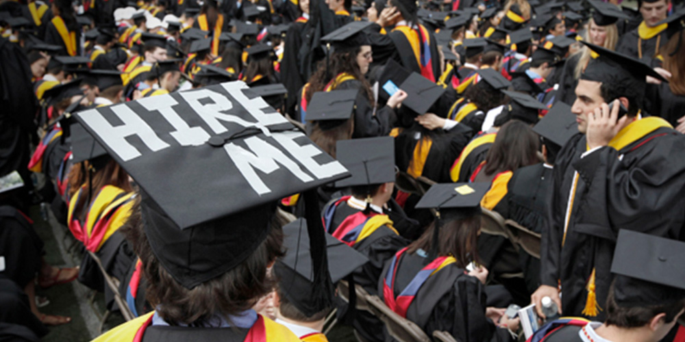 4 Reasons to Hire Fresh College Grads