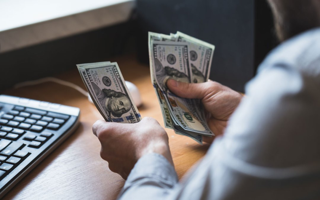 Top 4 Reasons Why You Need to Negotiate Your Salary