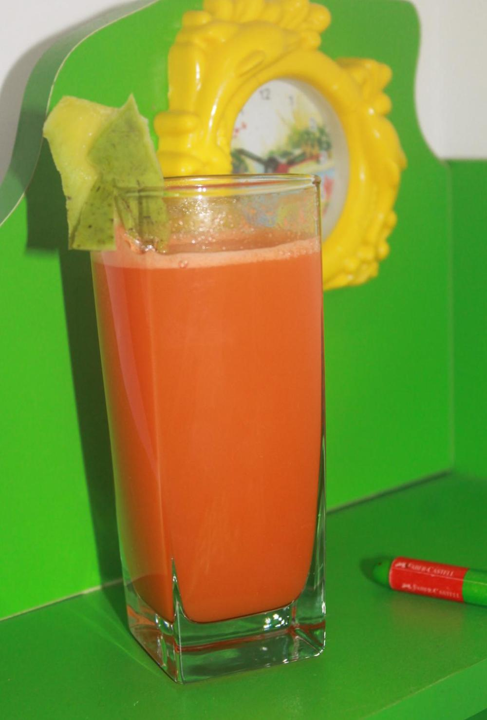Raw mango &carrot juice