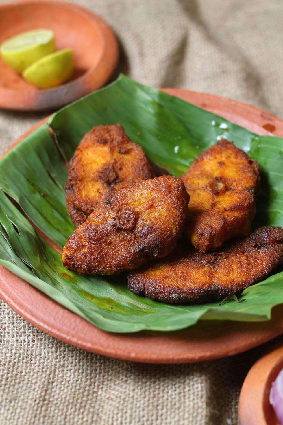 Kerala fish fry meen varuthathu recipe suji 39 s cooking for Fish fry ingredients
