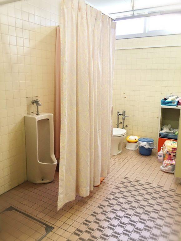 筑波附属小学部トイレ