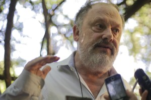 Claudio Augustin: O governador disse que não se combate câncer com novalgina, mas muito menos se combate agravando a doença.   Foto: Guilherme Santos/Sul21