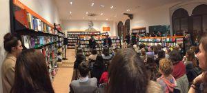 Vasco Brondi, incontro con il pubblico per la presentazione di Terra, alla libreria Feltrinelli Verona.