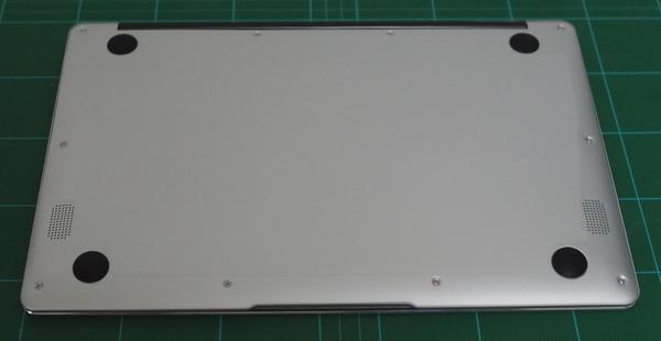 Jumper EZBook 3 Pro ネジ穴を確認