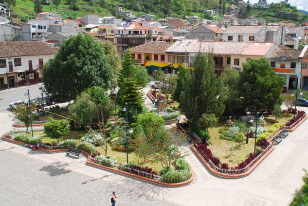 A pretty view of the main square of Chordeleg, Ecuador