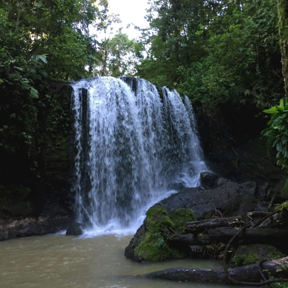 The beautiful hidden Juanilama waterfall, Costa Rica