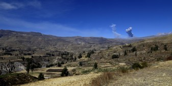 The Sabancaya volcano was frequently expelling ashes during our visit to the Colca Valley
