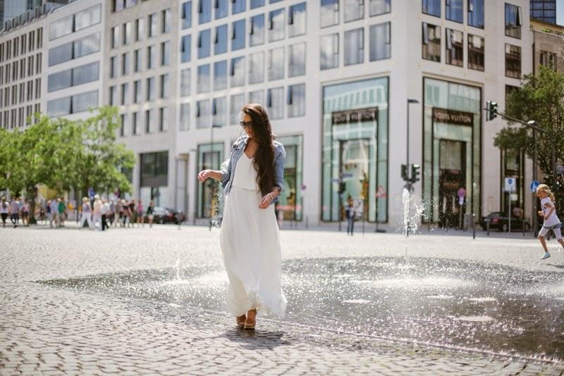 The white maxi dress.