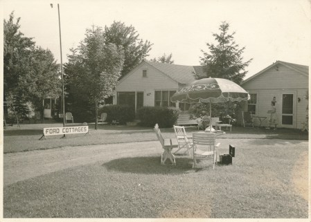 Relaxing and enjoying the lake breezes at Ford Cottages in the 1950s.
