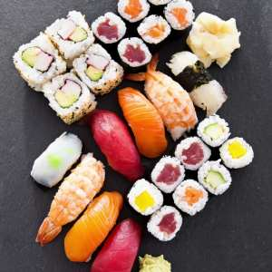 sushi, maki, rolls, fish, vegetarian, cucumber, easy, entertaining, catering, platters
